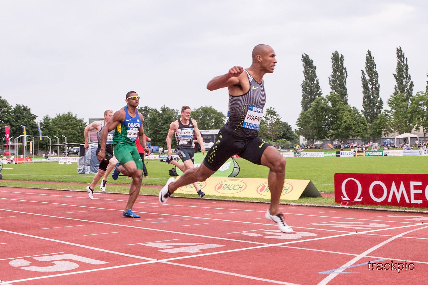 Damian Warner broke the Decathlon World Record by running 10.15 seconds in the 100m! Photo by Olavi Kaljunen / trackpic.net